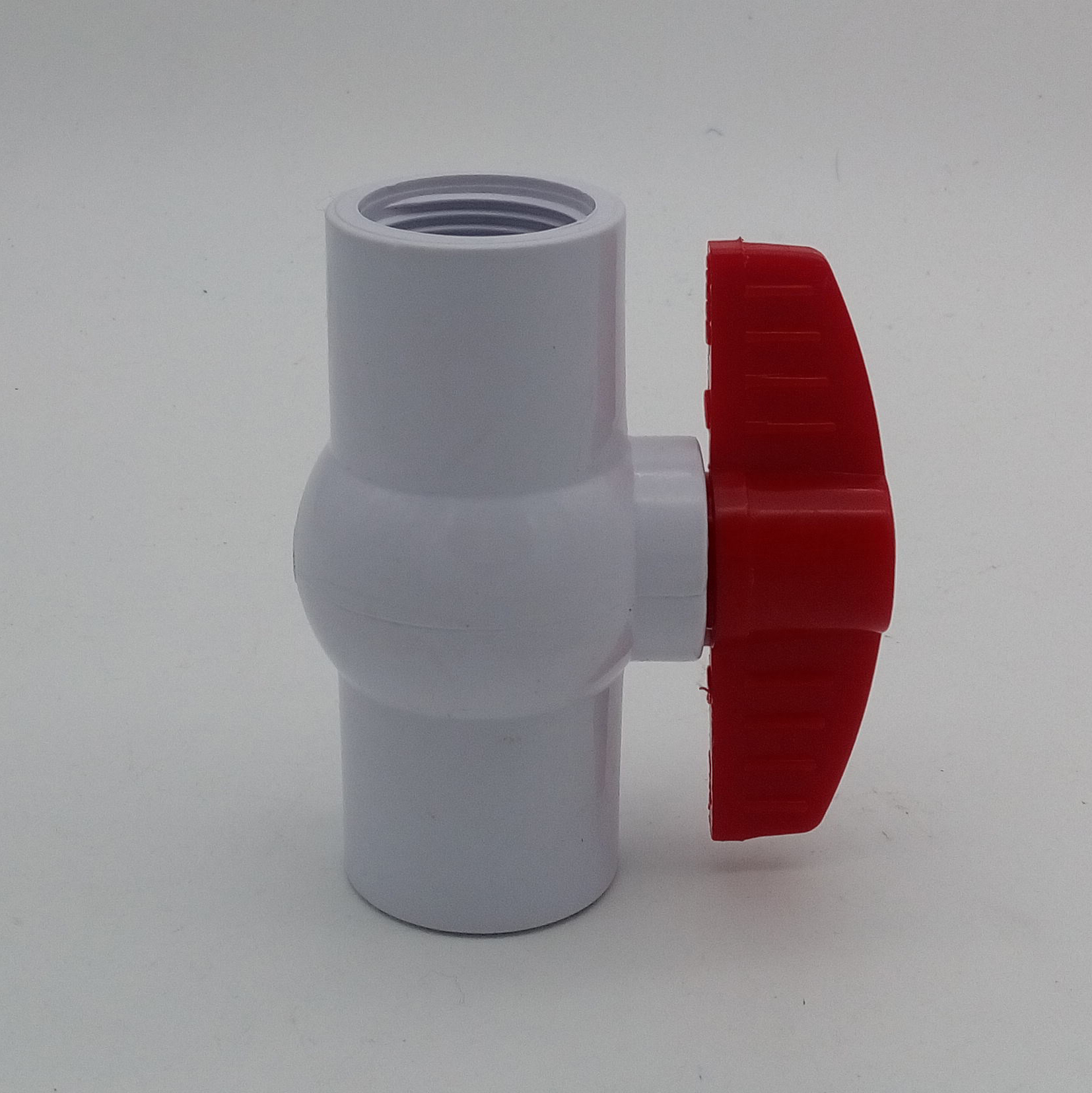 PVC Compact Ball Valve White Threaded